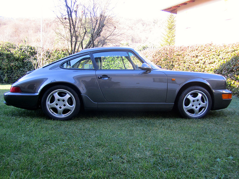 911 youngtimer - Porsche 964 - Carrera 4 - 1992 - Slate grey
