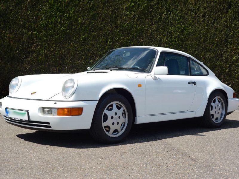 911 youngtimer Porsche 964 Carrera 4 Grand Prix white - multicolor cloth - 1990 - 4