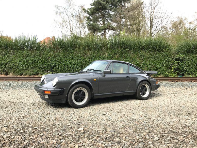 911 youngtimer - Porsche 911 Carrera - Slate Grey - 1989 - cover