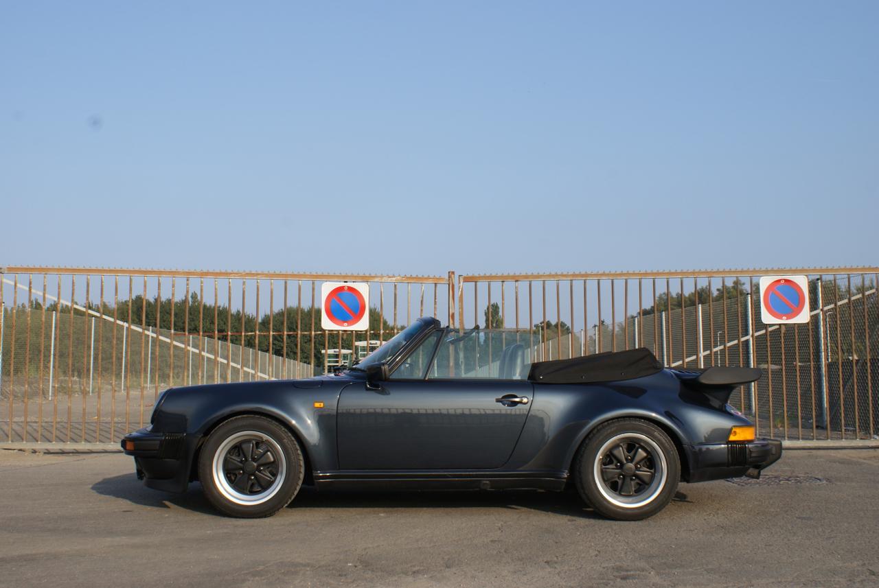 911-youngtimer-Porsche-911-Carrera-WTL-Marine-Blue-metallic-1988-7-of-16.jpg