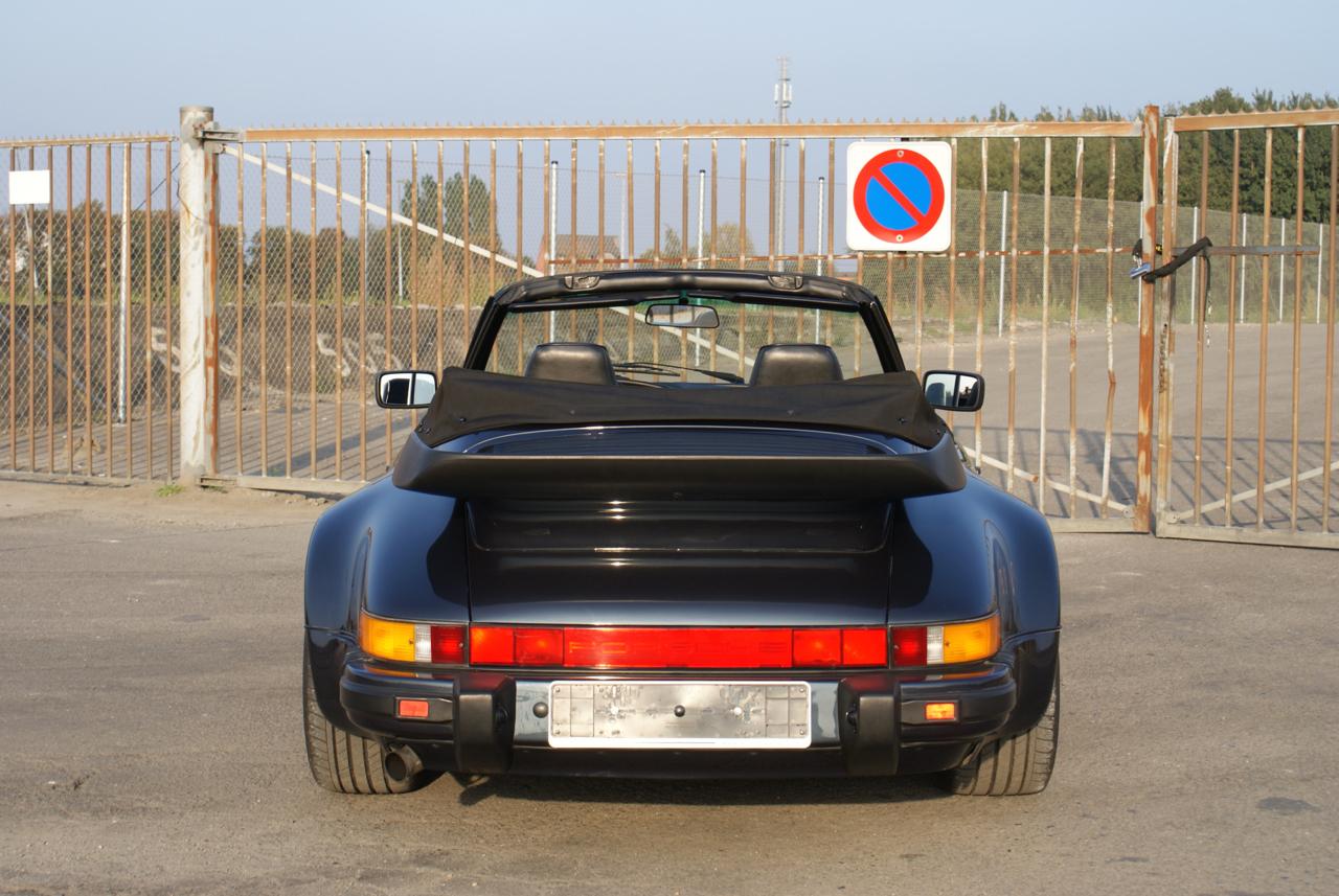 911-youngtimer-Porsche-911-Carrera-WTL-Marine-Blue-metallic-1988-8-of-16.jpg