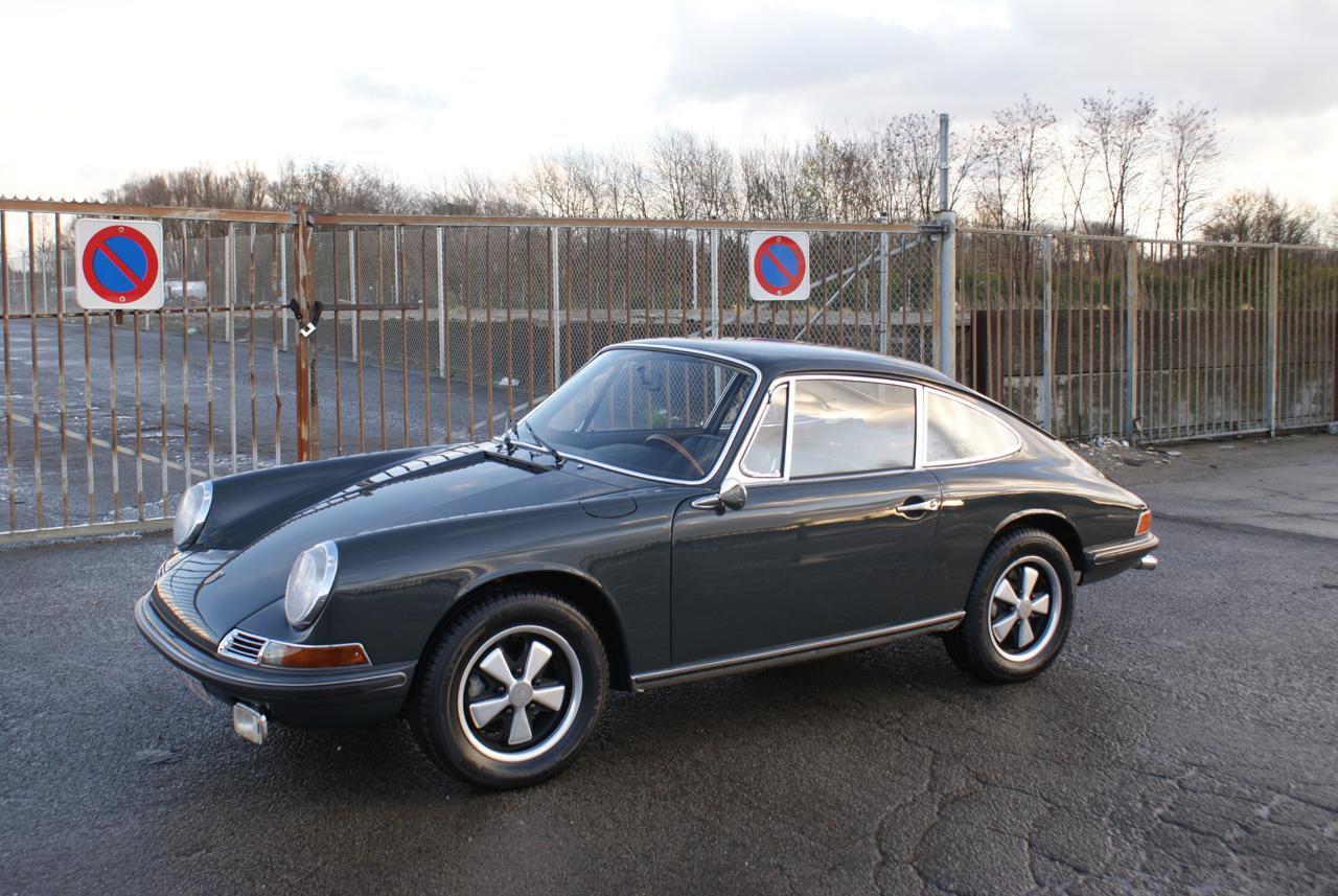 911 youngtimer - Porsche 911 S - Slate Grey - 1968 - 7 of 15