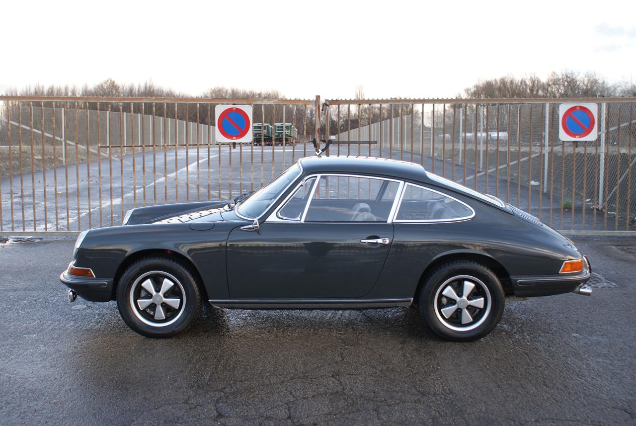 911 youngtimer - Porsche 911 S - Slate Grey - 1968 - 8 of 15
