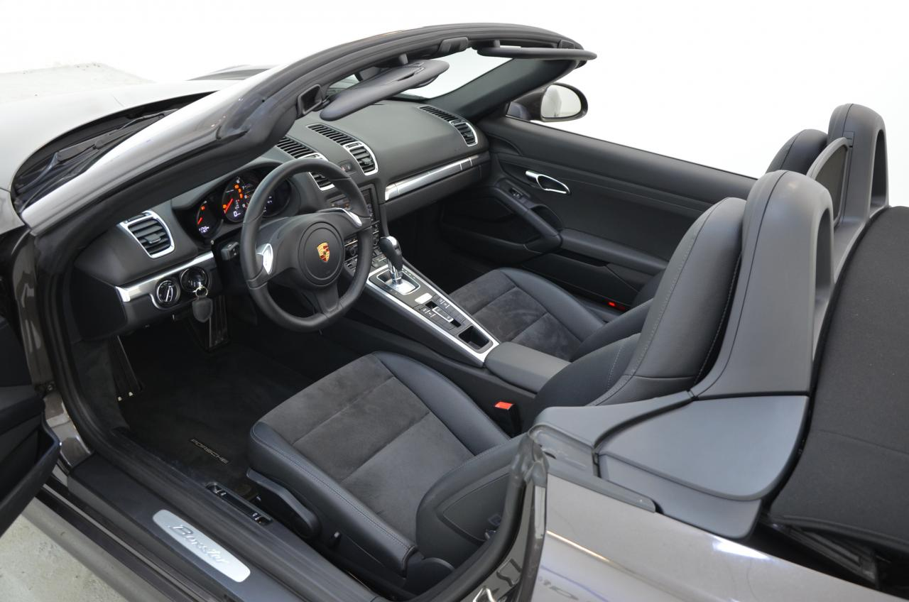 911 youngtimer - Porsche 981 Boxster - 2015 - Anthrazit Braun - 3 of 3