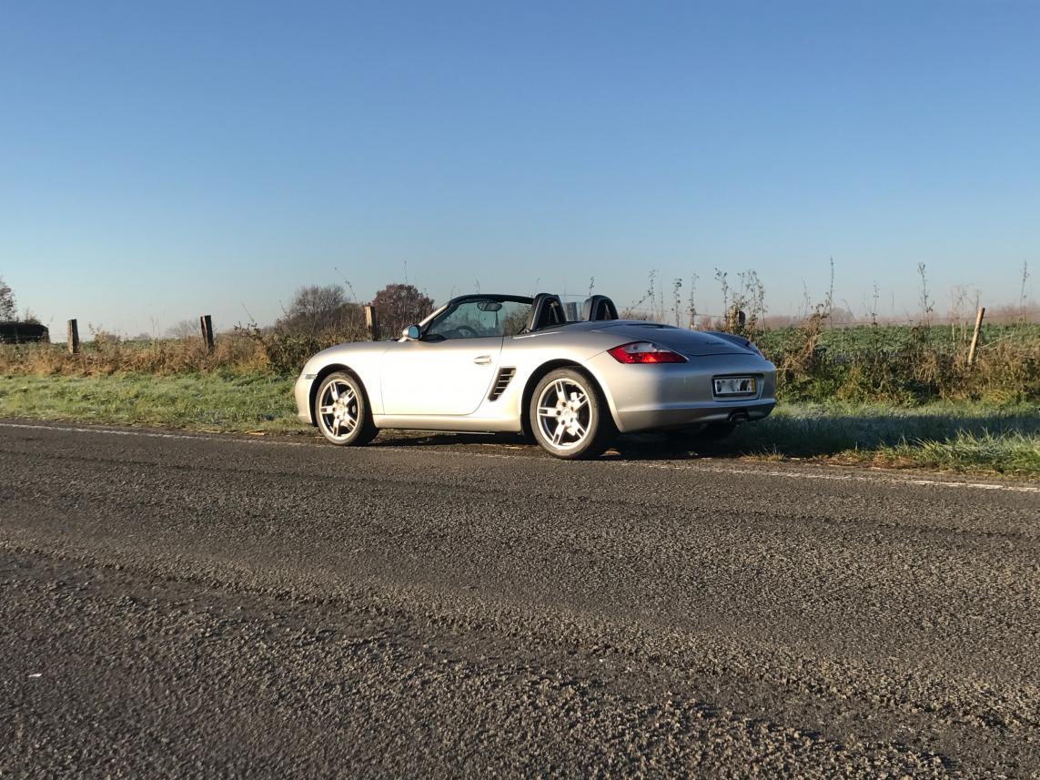 911 youngtimer - Porsche 987 Boxster - argent Arctic - 2005 - 3 of 3