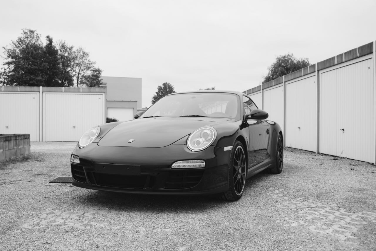 911 youngtimer - Porsche 997 Carrera GTS - Black - 2012 - 3 of 13