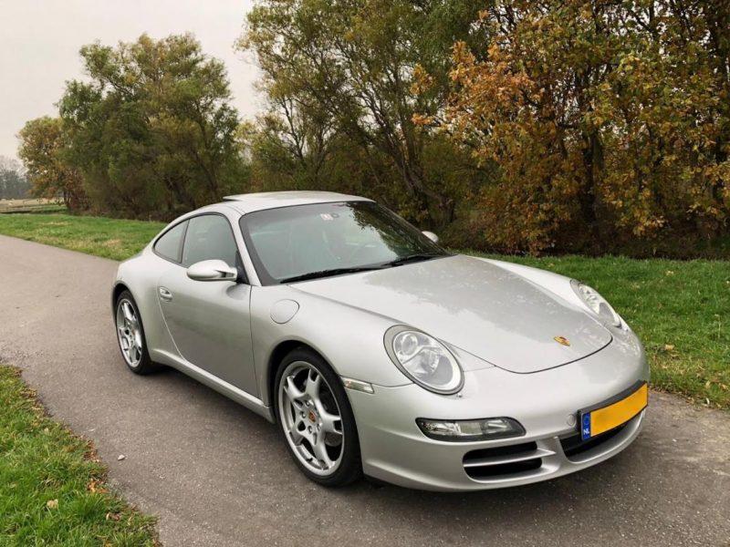 911 youngtimer - Porsche 997 Carrera - 2005 - 1 of 3