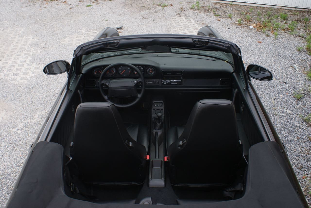 911 youngtimer - Porsche 964 Carrera 4 cabriolet - black - 1992 - 11 of 13
